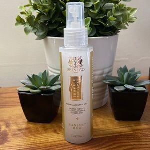 NWT Skin&Co Truffle Therapy Radiant Dew Mist